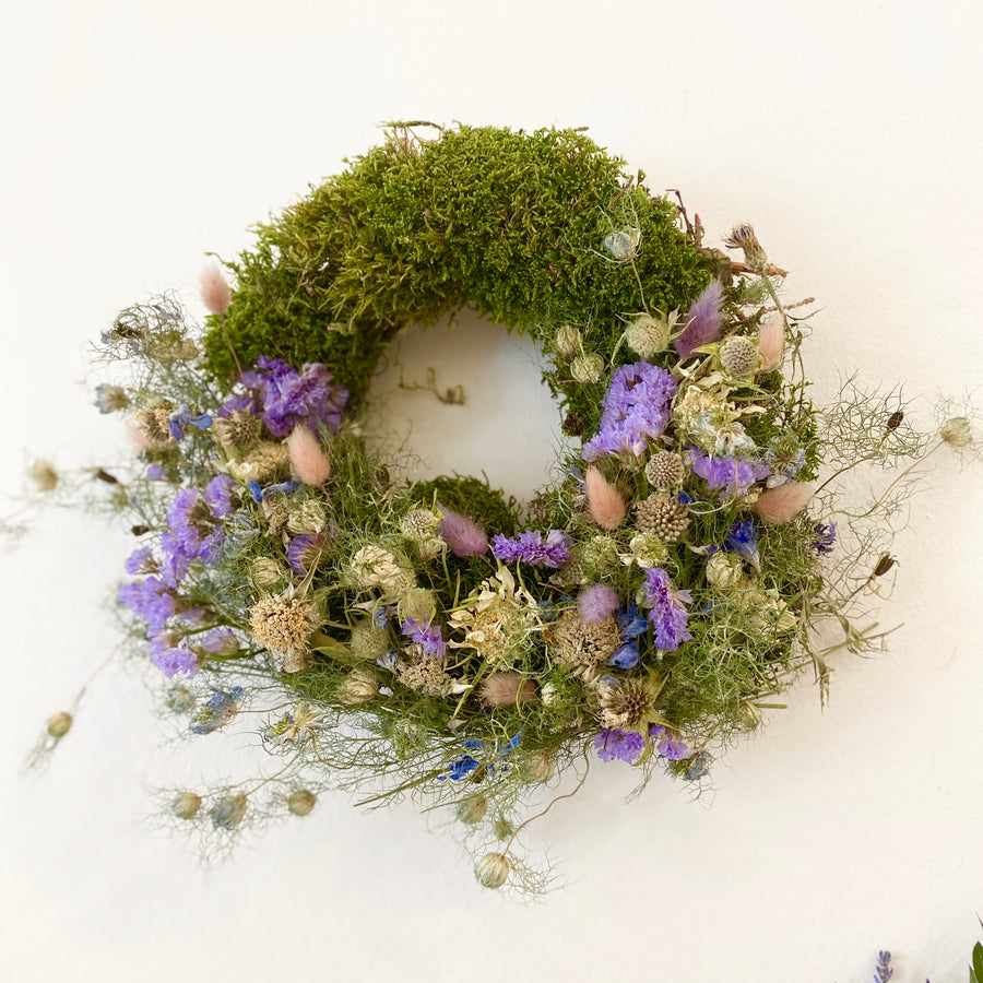 Wreath out of the woods