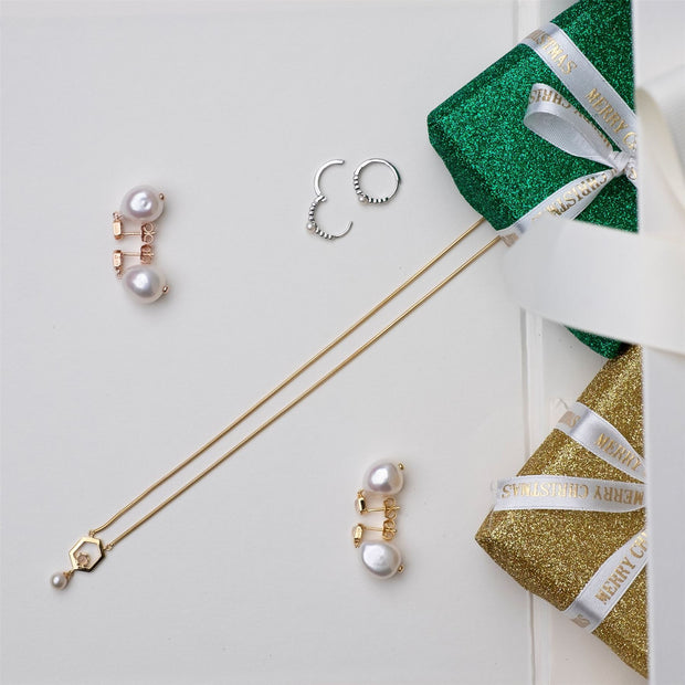 June Birthstone Pearl Jewellery Hamper