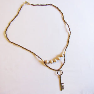 Necklace - White beads & Key/Love tag