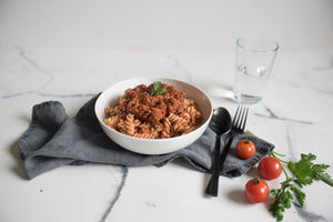 We Feed You Classic Pasta Bolognese (400g)