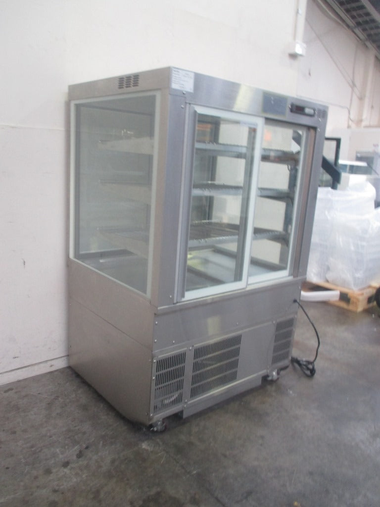 Cossiga SD4RF9 Refrigerated Display (2)