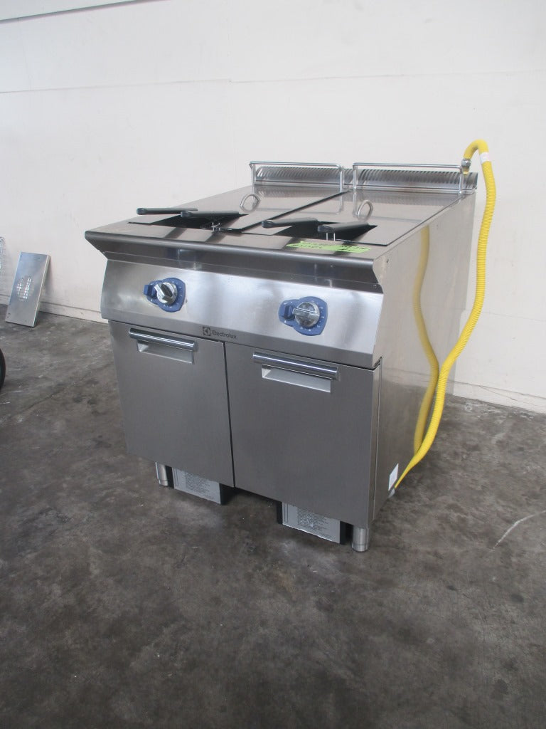 Electrolux 900XP Twin Pan Fryer (2)