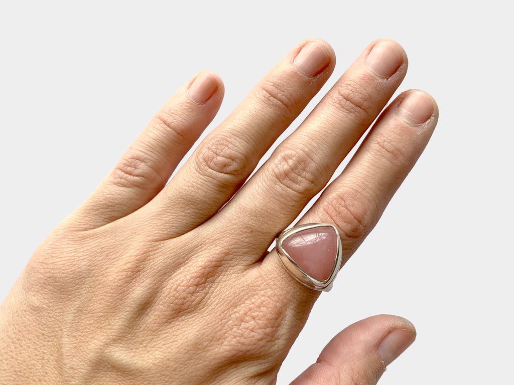Guava quartz ring, 7.75