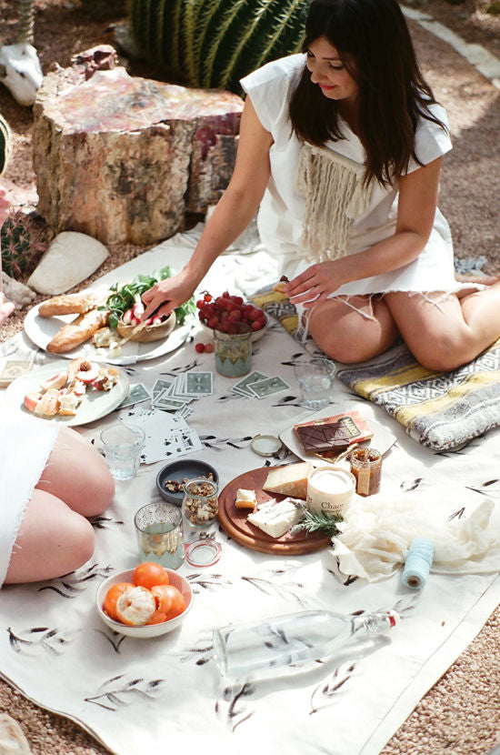6 Essentials for the Perfect Picnic