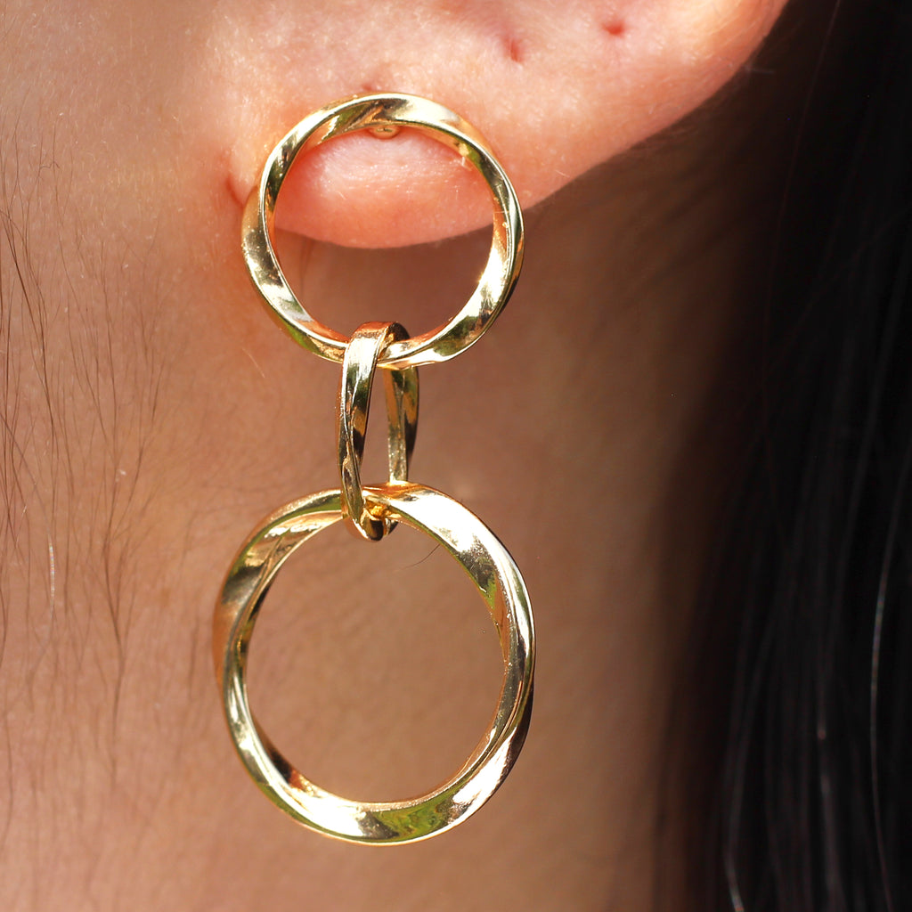 Interlinked Circle Drop Earrings Mei Mi Studio