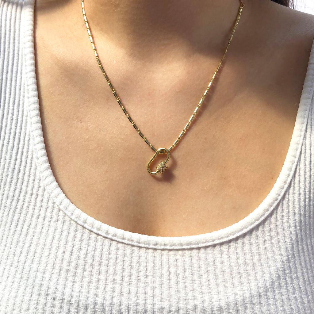 Oval Clasp Necklace