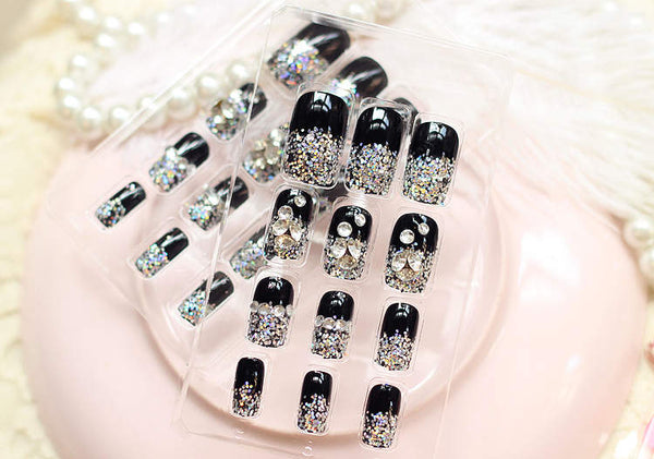 Square Black Rhinestone Embellished Nails