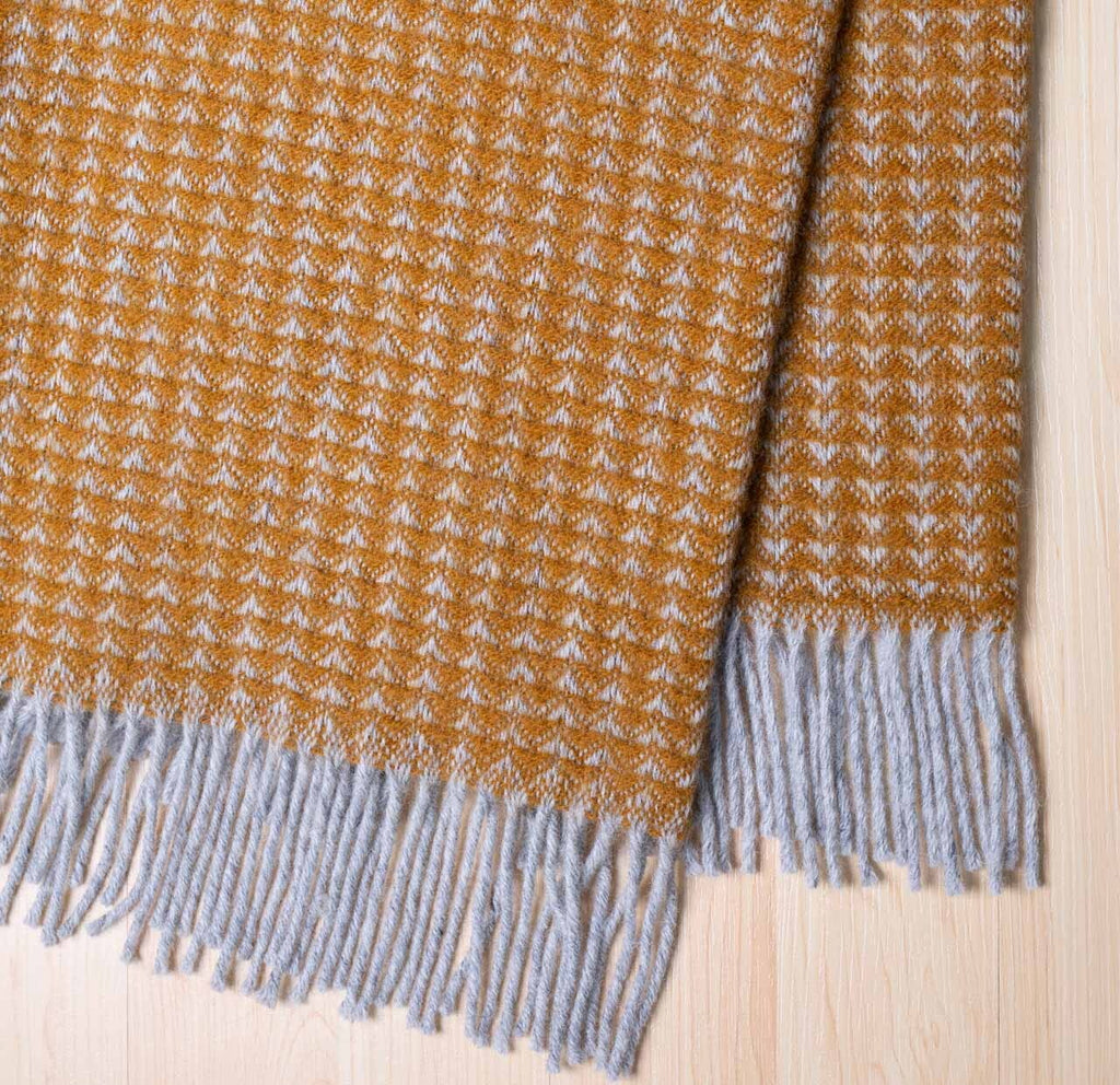 SANDY BAY WEAVE THROW - PURE WOOL