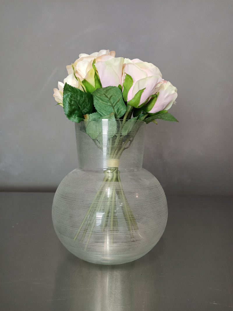 Clear cut lineal vase