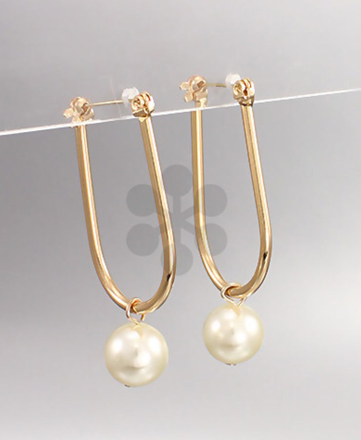 U-Bar Pearl Earrings