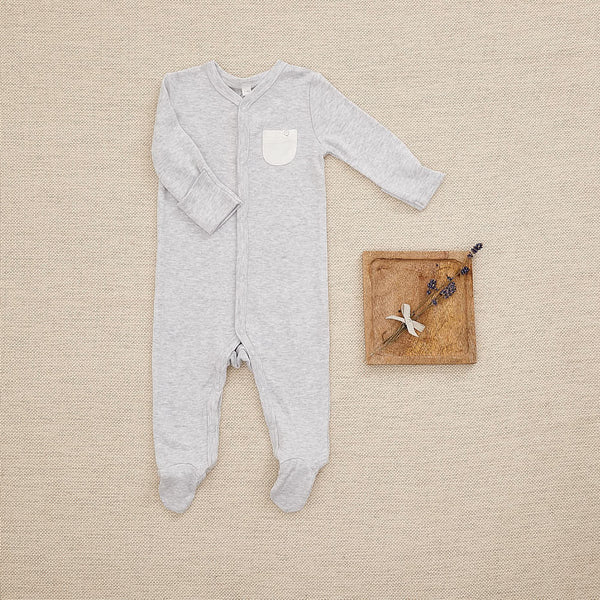 Organic bodysuit + Sleepsuit + Bag