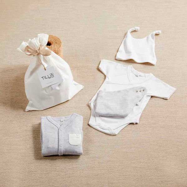 Complete change for the newborn + bag