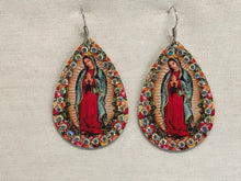 Load image into Gallery viewer, Earrings Guadalupe Virgin