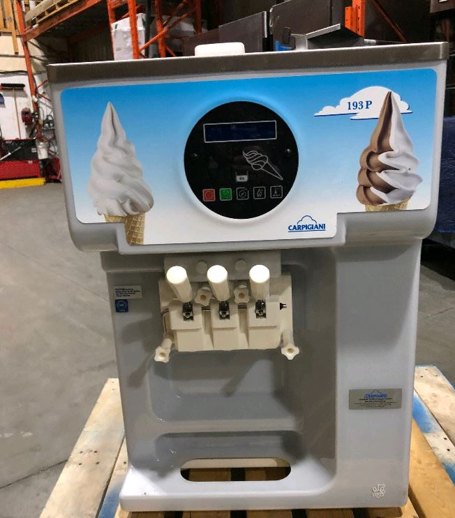 Carpigiani UC-193P Soft Serve Machine (2)