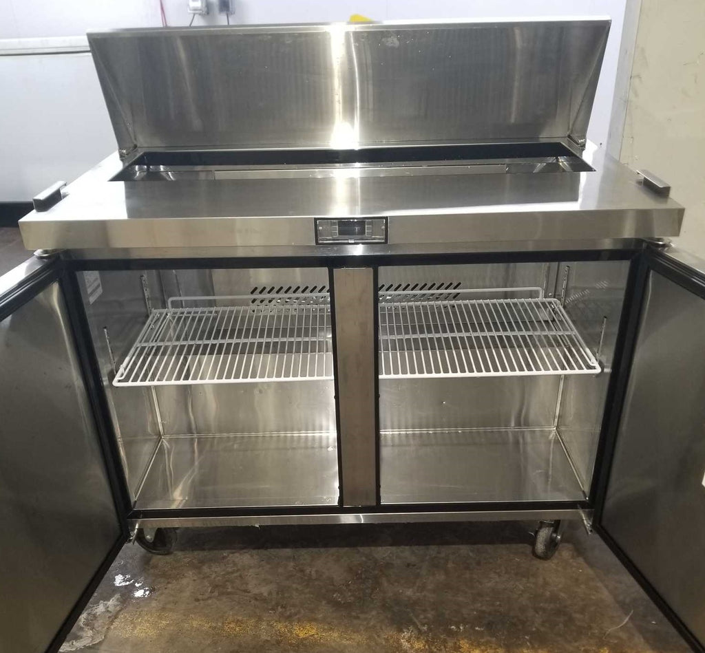 Suttonaire MSF8302 Sandwich Prep Table (2)
