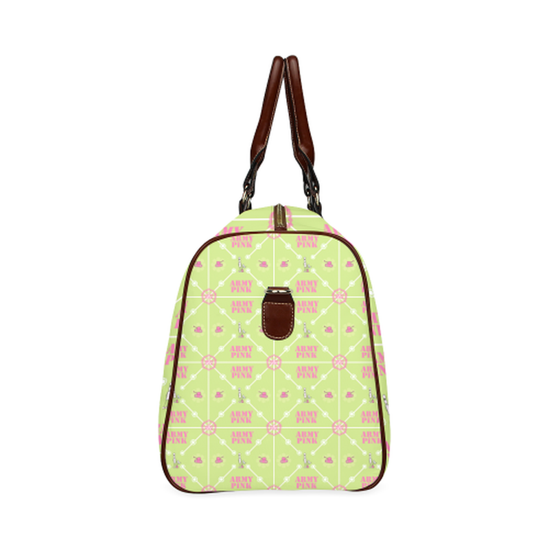 small travel marchers diamond on green Waterproof Travel Bag/Small (Model 1639) for  at ARMY PINK