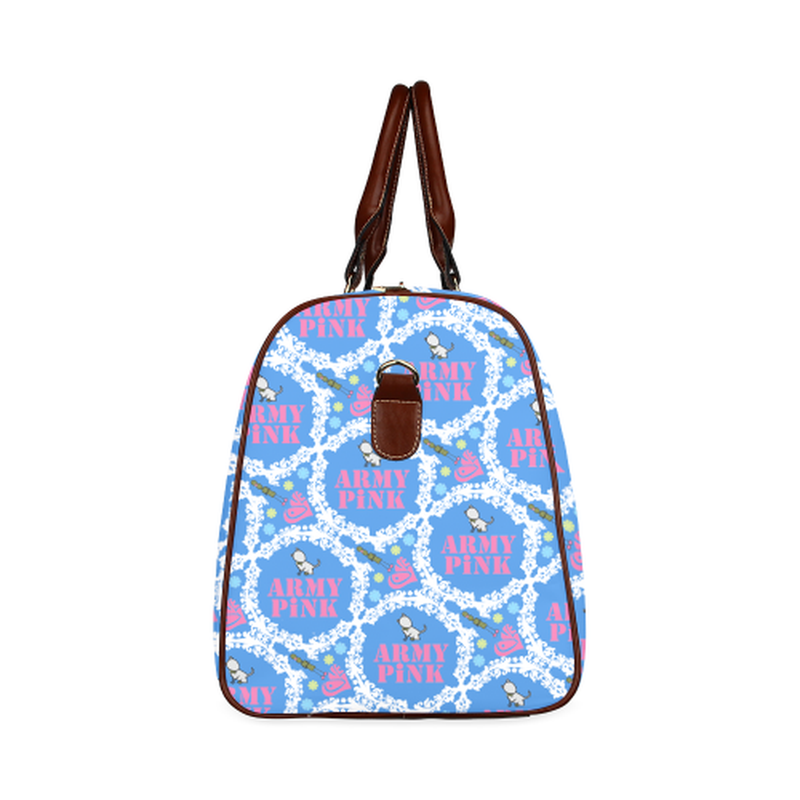 large travel tote white wreath aop on blue Waterproof Travel Bag/Large (Model 1639) for  at ARMY PINK