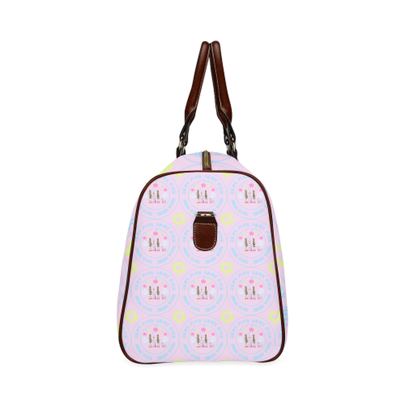 small travel marchers round aop logo on violet Waterproof Travel Bag/Small (Model 1639) for  at ARMY PINK