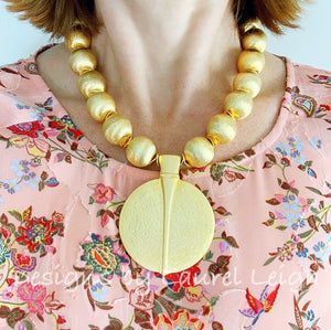Chunky Gold Pendant Statement Necklace - Ginger jar