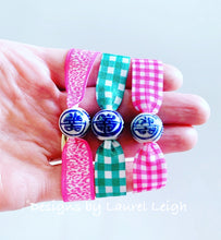 Load image into Gallery viewer, Chinoiserie Elastic Hair Ties- Set of 3 - Preppy Pink /Kelly Green