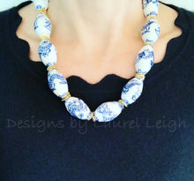Load image into Gallery viewer, Chunky Blue and White Chinoiserie Dragon Statement Necklace - Ginger jar