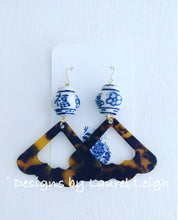 Load image into Gallery viewer, Chinoiserie Tortoise Shell Fan Earrings - Ginger jar