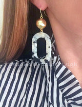 Load image into Gallery viewer, Black and White Tortoise Shell Earrings - Ginger jar