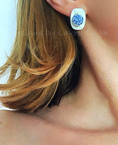 Chinoiserie Mother of Pearl Post Earrings - Ginger jar