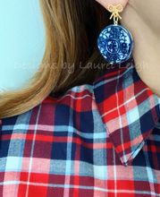 Load image into Gallery viewer, Blue & White Chinoiserie Coin Earrings with Gold Bows - Ginger jar