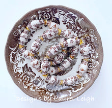 Load image into Gallery viewer, Chinoiserie Ginger Jar Beaded Bracelet - Brown & White