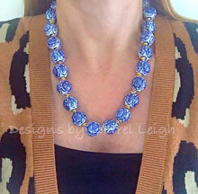 Load image into Gallery viewer, Blue and White Chunky Chinoiserie Statement Necklace - Ginger jar
