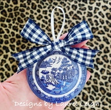 "Load image into Gallery viewer, Blue Willow Plate Christmas Ornament- 3"" - Pick Ribbon"
