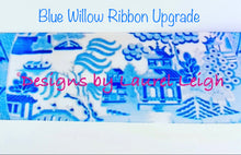 "Load image into Gallery viewer, Chinoiserie Christmas Ornament- 4"" Watercolor Blue Willow Pattern - Pick Ribbon"