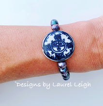 Load image into Gallery viewer, Chinoiserie Coin Bead & Freshwater Pearl Bracelet - White or Peacock Pearls