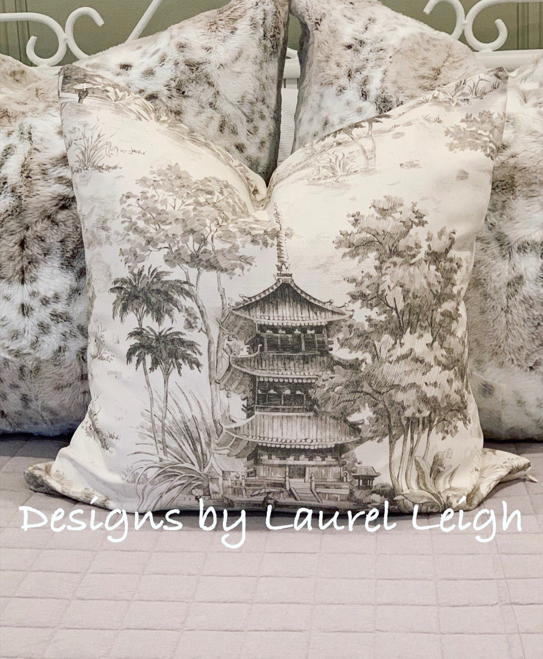 Chinoiserie Pagoda Motif Pillow Cover Set (2) - Griege & Off-White - Ginger jar