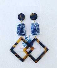 Load image into Gallery viewer, Chinoiserie Tortoise Shell Statement Earrings - Diamond Shape - Ginger jar