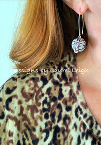 Chinoiserie Double Happiness Bead Dangle Earrings - Chocolate Brown