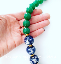Load image into Gallery viewer, Chunky Green Jade Chinoiserie Double Happiness Statement Necklace - Ginger jar