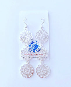 Daisy Drop Statement Earrings - Silver - 2 Styles - Ginger jar