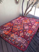 Load image into Gallery viewer, Vintage Moroccan Boujad Rug 285 x 200cm