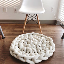 Load image into Gallery viewer, ONLINE - Finger Crochet Chunky Rug