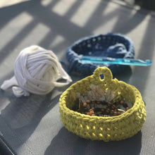 Load image into Gallery viewer, Crocheted Bowls