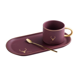 Luxurious Gold Rim Ceramics Cups And Saucers Sets