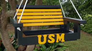USM Bird Feeder