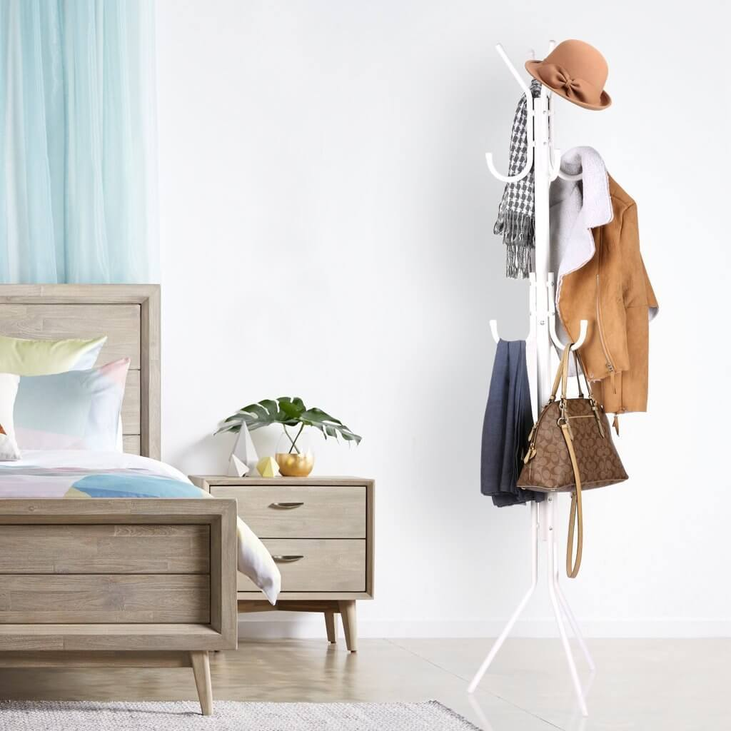 Clothes Hanger Rack