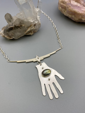 hand necklace 01