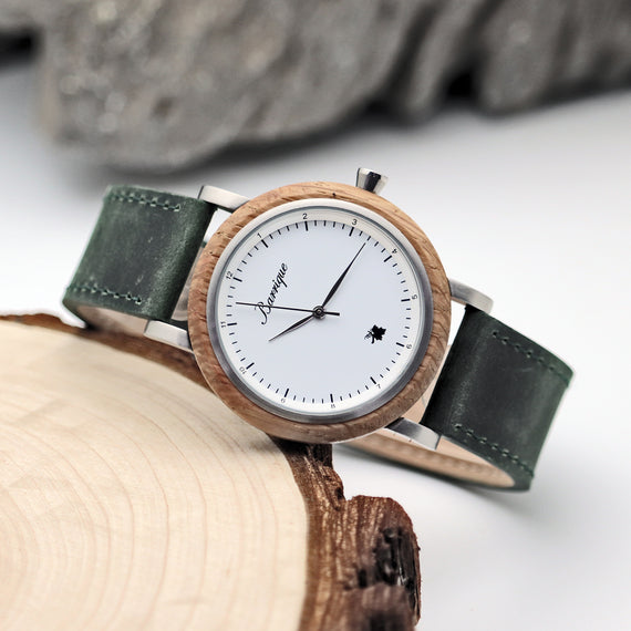 Barrique watches woodenwatches ladywatch leather strap oak woodendesign winelover naturelover winedesign winewatch