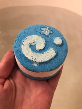 Load image into Gallery viewer, Fossil Bath Bomb