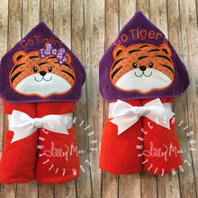 Load image into Gallery viewer, Tiger Hooded Towel