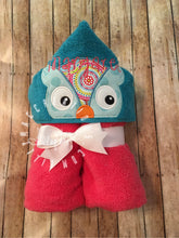 Load image into Gallery viewer, Owl Hooded Towel